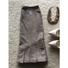 Cute pleated wool skirt! Size M Excellent condition pleated wool skirt is perfect for work or play  pleats go all the way around the skirt. Bundle with necklaces to save $!! George by Mark Eisen Skirts Midi