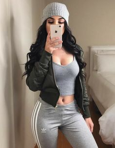 ♡ ♡ You are in the right place about college outfits asian Here we offer you the most Sporty Outfits, Teen Fashion Outfits, Swag Outfits, Mode Outfits, Cute Casual Outfits, Look Fashion, Girl Fashion, Fashion Beauty, Teenager Outfits