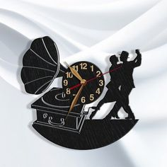 Artículos similares a Dancer Clock Gift BIG Wood Non-ticking, Tango Dance LARGE Wall Art Decor Wood, Dancing School.