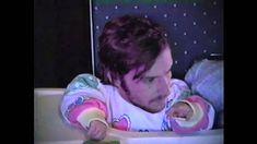 Diarrhea Planet- Babyhead. Pegue um VHS, troque umas cabeças, faça bebês repulsivos, acerte em cheio. (Take a VHS video, change some heads, make some disgusting babies and hit the bull's eye!) (dir.: Robin Comisar) (28/03)