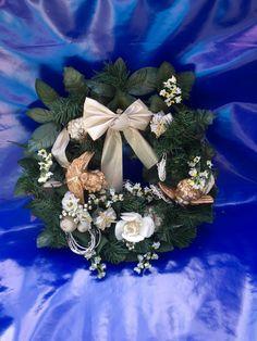 Vintage Christmas Wreath, Plastic Christmas Wreath With Roses, Cherubs And Gifts, Retro 60's Christmas Decor, Christmas Door Decor,