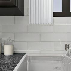 SomerTile 4x12-inch Reflections Grand Subway Ice White Glass Wall Tile (Case of 30)