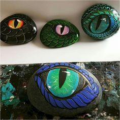 100 Inspirational DIY Of Painted Rocks Ideas 44