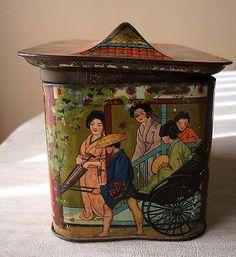 Rare-MacFarlane-Lang-Chinese-Geisha-House-1904-British-Biscuit-Tin