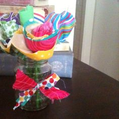 Fabric flowers - How gorgeous are these! Creative Arts And Crafts, Fabric Flowers, Handmade Items, Products, Cloth Flowers, Burlap Flowers, Beauty Products