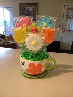Spring cookie bouquet.
