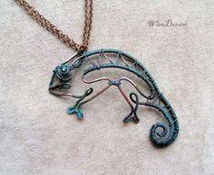 holy poop....this is the best thing. @Kathryn Whiteside Raike-panuline. i LOVE chameleons!