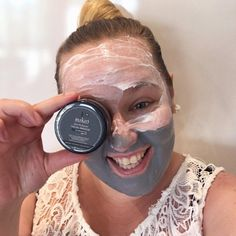 """25 Likes, 9 Comments - Curves In A Cardigan (@curvesinacardigan) on Instagram: """"Face mask on - time for the Bachelorette! 🌹 I'm absolutely loving Sophie Monk in this season!…"""""""