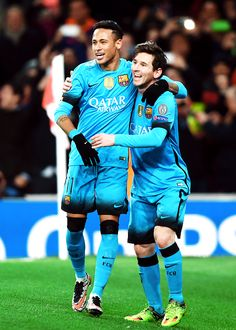 Neymar y Messi Lionel Messi, Messi Y Neymar, Barcelona Football Kit, Fc Barcelona Neymar, Good Soccer Players, Football Players, Neymar Jr Wallpapers, Xavi Hernandez, Argentina National Team