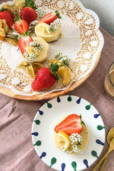 Sauer macht doch bekanntlich lustig 🤗. Unsere veganen Zitronentörtchen zaubern dir mit Sicherheit ein Lächeln ins Gesicht 😉. Auf unserem Blog findest du das Rezept dafür.