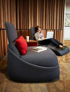 Hosu Lounge is a convertible seating option for private spaces and enclaves.