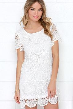ivory lace shift dress / lulu's