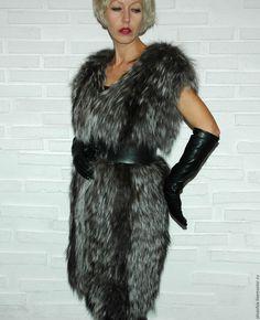 Купить Меховой длинный жилет вязаный из чернобурки - серебряный, мех, мех натуральный, меховой жилет