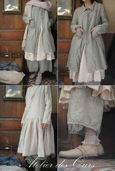 MLLE ROSALIA : Robe rose Les Ours, pantalon rayé Les Ours, veste rayée Les Ours, écharpe en laine Les Ours,