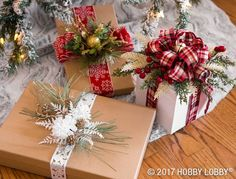 Stunning gift toppers are simple with Christmas floral picks! Stunning gift toppers are simple with Christmas floral picks! Source by HobbyLobby Wrapping Ideas, Gift Wrapping Bows, Gift Wraping, Creative Gift Wrapping, Christmas Gift Wrapping, Creative Gifts, Holiday Gifts, Wrapping Presents, Santa Gifts