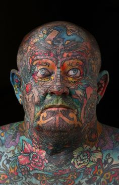 Man covers every inch of his body in tattoos - even his EYEBALLS John Kenney, tattooed his entire body in an extreme form of self loathing after a life of crime and depravity as a Melbourne gangster Face Tattoos, Badass Tattoos, Finger Tattoos, Body Art Tattoos, Tatoos, Full Body Tattoo, Tattoo Ink, Funny Meme Pictures, Weird Pictures