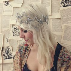 How stellar is ModStylist, Nicole's DIY star crown made out of metallic pipe cleaners?