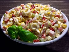 Najlepsze przepisy na sałatki! - Blog z apetytem Tzatziki, Tortellini, Pasta Salad, Potato Salad, Macaroni And Cheese, Potatoes, Eat, Blog, Ethnic Recipes