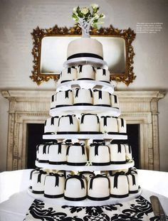 Black bow mini cakes - You and your wedding magazine Individual Wedding Cakes, Mini Wedding Cakes, Wedding Cakes With Cupcakes, Mini Cakes, Cupcake Cakes, Wedding Wows, Dream Wedding, Wedding Stuff, Hollywood Glamour Wedding