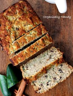 Paleo, gluten-free, dairy-free and nut-free.This zucchini bread gets its sweetness from 1 banana and 1/4 cup of honey.