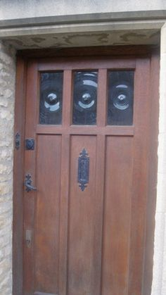 bull's eye glass Craftsman Style Front Doors, Porch, Eye, Cool Stuff, Glass, Furniture, Home Decor, Balcony, Decoration Home