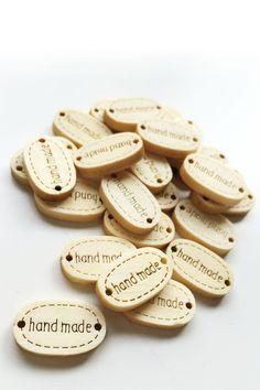"""Etiquetas de madera """"Hand Made"""""""