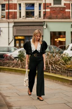 The Best Street Style Looks From London Fashion Week Fall 2020 London Fashion, Retro Fashion, Vintage Fashion, Autumn Street Style, Street Style Looks, Street Ware, Zara, Trends, Cool Street Fashion