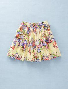 Pretty skirt for spring