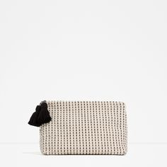 Zara Fabric Clutch ($40) ❤ liked on Polyvore featuring bags, handbags, clutches, ecru, zara purse, white handbags, white clutches, white purse and zara handbags