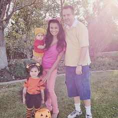 Homemade Halloween Family Costumes: Pooh and Friends! #halloween #familycostumes #homemadecostumes