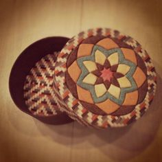 Caixinha Mandala de patchwork embutido