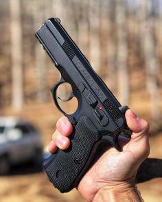 23 отметок «Нравится», 1 комментариев — Pioneer Firearms (@pioneerfirearms) в Instagram: «What do you carry? get your accessories here at @pioneerfirearms #gunlife #gunfanatic…»