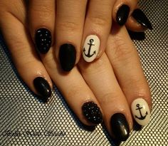 Black nails / art