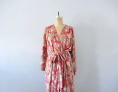 Vintage 50s dress . 1950s vintage wrap dress by BlueFennel on Etsy https://www.etsy.com/listing/189294712/vintage-50s-dress-1950s-vintage-wrap