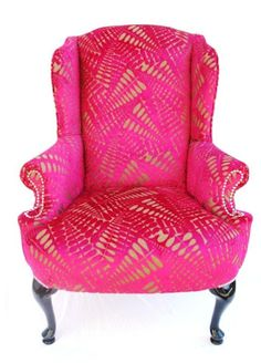 Delightful The Divine Chair   A Classic Vintage Frame! Love This Hot Pink Chair.