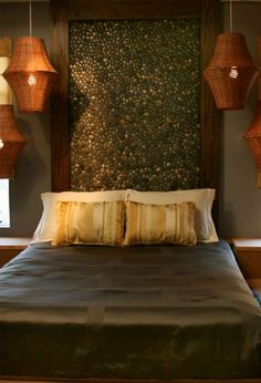bedroom headboard idea. could also be done with multicolored aquarium-type stones or anything really.