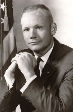 Neil Armstrong (August 5, 1930 – August 25, 2012) was an American astronaut and the first person to walk on the Moon. *** http://en.wikipedia.org/wiki/Neil_Armstrong