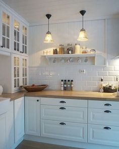 Kitchen ideas 2018 ikea 69 New ideas Kitchen Ikea, Home Decor Kitchen, Interior Design Kitchen, Country Kitchen, New Kitchen, Home Kitchens, Kitchen Dining, Kitchen Cabinets, Dining Rooms