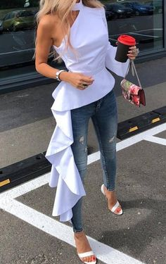 Tops Sexy open shoulder asymmetric hem tops, the best choice for your summer, hot sales and shop now! 70s Fashion, Party Fashion, Modest Fashion, African Fashion, Trendy Fashion, Korean Fashion, Fashion Dresses, Fashion Mask, Fashion 2020