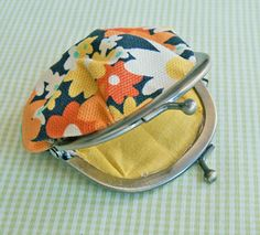 easy way to use scraps and add a coordinating coin purse to your bags!