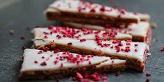 EN HAVEARBEJDSPAUSEFAVORIT - HINDBÆRSNITTER - Raspberrycakes