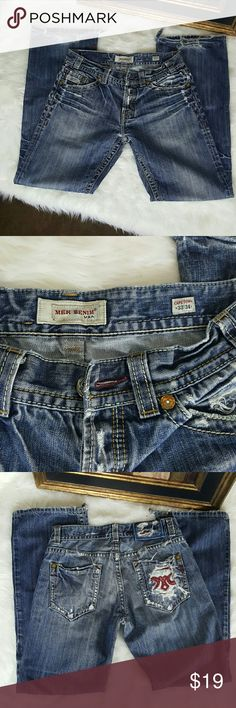 Men's Mek Jean's Capetown size 33?34 Bootcut. These Men's Mek Jean's are in good condition with some wear toward the bottom of each pant leg as seen in 1st picture. These are the Capetown model of Mek. Bootcut size 33 ? 34 MEK Jeans Bootcut