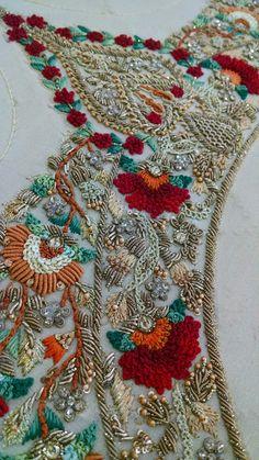 Zardosi Embroidery, Kurti Embroidery Design, Tambour Embroidery, Hand Work Embroidery, Couture Embroidery, Embroidery Fashion, Hand Embroidery Patterns, Custom Embroidery, Embroidery Stitches
