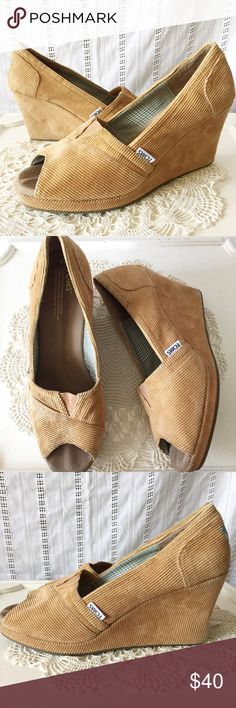 """Toms Open Toe Wedges Tan Corduroy Size 9W Toms open toe wedges in a tan Corduroy color. Heel measures 3"""". Lightly worn in excellent condition. Size 9W. TOMS Shoes Wedges"""