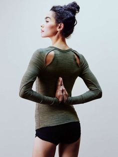 wantering-blog:  Strike a Pose        FP MovementPeekaboo Layering Top. Click here for more stylish yoga gear for your classes.