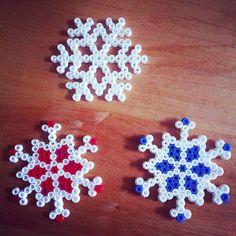Snowflakes hama beads by mathylaff