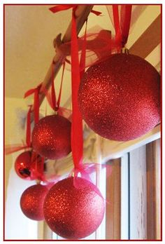Bargain Blessings » Homemade Christmas Decoration Balls: Add Some Glitz to Your Holiday Decor!