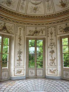 Marie-Antoinette's Salle de Musique  Palais de Versailles, Versailles, Ile de France, France.