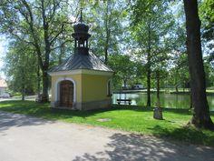 Kaplička u rybníka - Radostín - Žďársko - kraj Vysočina