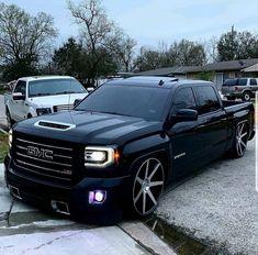 Lifted Chevy Trucks, Gm Trucks, Gmc Sierra Crew Cab, Dream Cars, New Chevy Silverado, Sierra Denali, Dropped Trucks, Show Trucks, Family House Plans